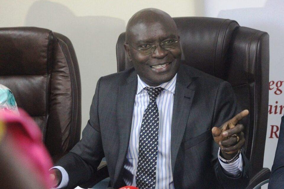 EC-chairperson-Justice-Simon-Byabakama.-900x600.v1-2-1ea9269f